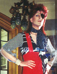David Brighton as David Bowie on the Vittel TV commercial set!
